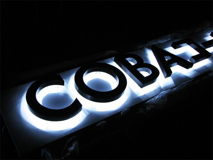 COBAコーポレション LEDバックライト 施工実績2